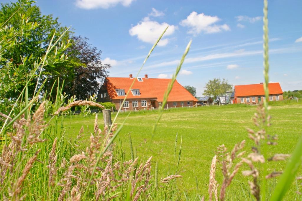 Nice-Farm-photo